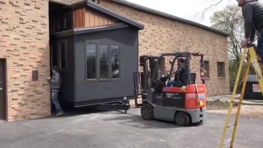 Giant tiny house that wont fit out the door via Bob Clarizio 005
