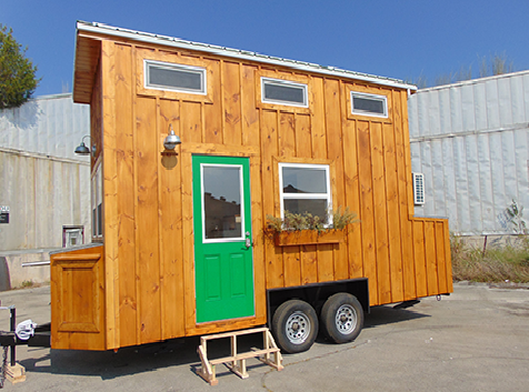 green-living-incredible-tiny-house-001