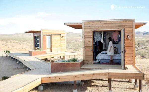 Group of Three Tiny Cabins in the Mojave Desert 001