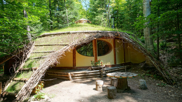 Hobbit House at Toits du Monde - Exploring Alternatives 2