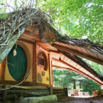 Hobbit House at Toits du Monde - Exploring Alternatives