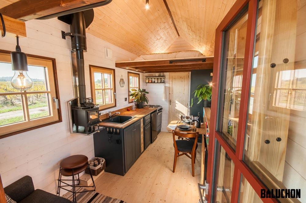 Holz Hisla Tiny House by Baluchon 002