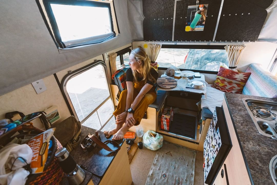 Couple S 4x4 Truck Camper Tiny House