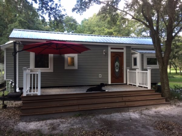 Jarids 32ft Tiny House in Florida 001