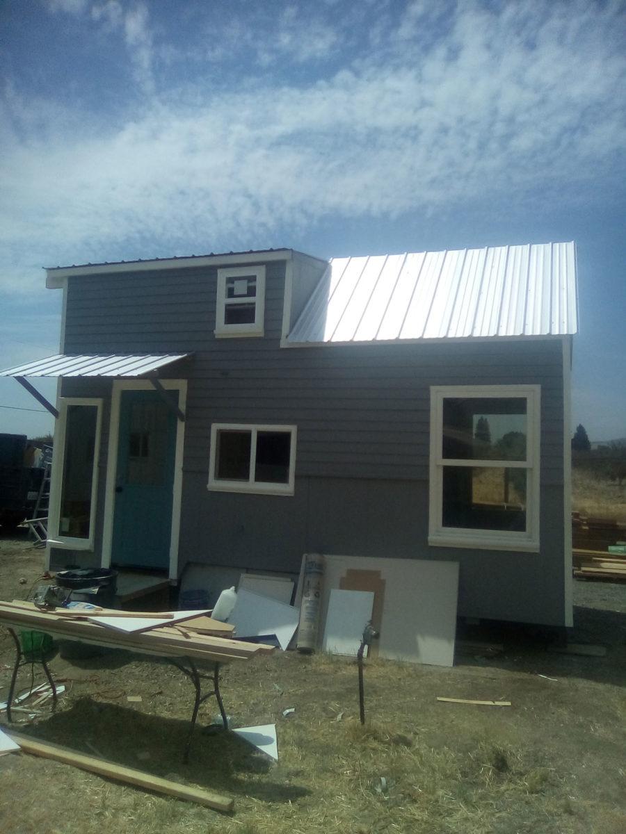 John Scarberrys DIY Tiny House Build 002