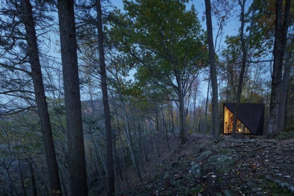 Klein A45 Tiny House A-frame Inspired by Bjarke Ingels Photo by Matthew Carbone 009