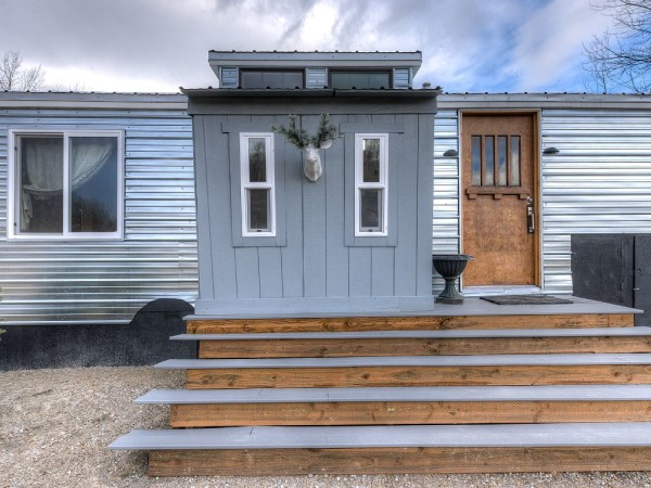 Lewis & Clark's Tiny House Vacation Rental 0014