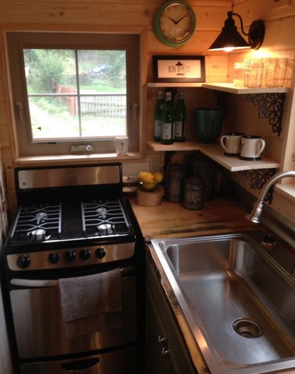 Full Kitchen with Corner Shelves and More in this THOW