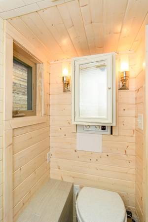 luxury-tiny-house-for-sale-in-asheville-016