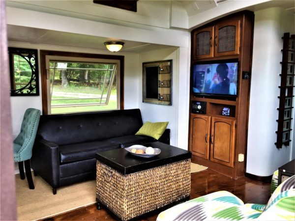 Luxury Tiny House on Wheels with Slide Outs for sale in Knoxville Tennessee 0010