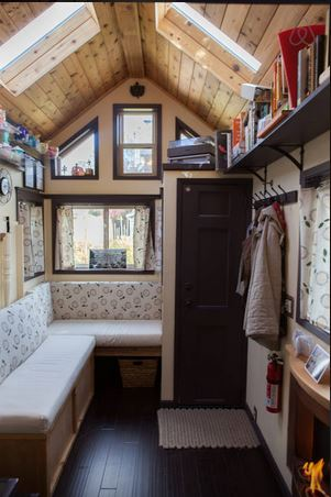 Maiden Mansion Tiny House Vacation