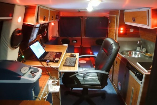 Mans DIY Micro Office and Camper Van 0012