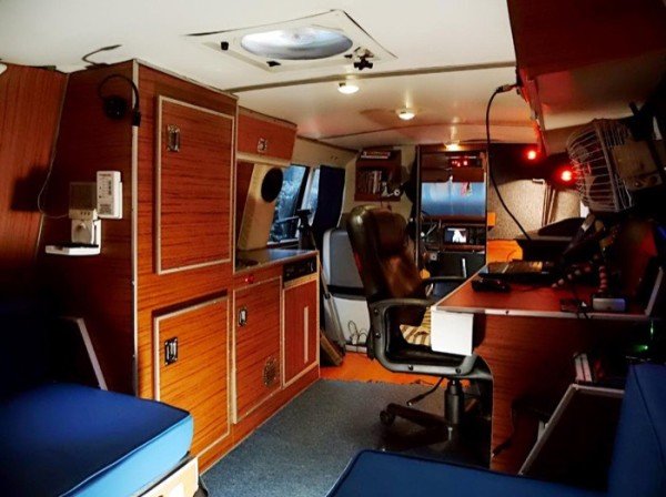 Mans DIY Micro Office and Camper Van 0017