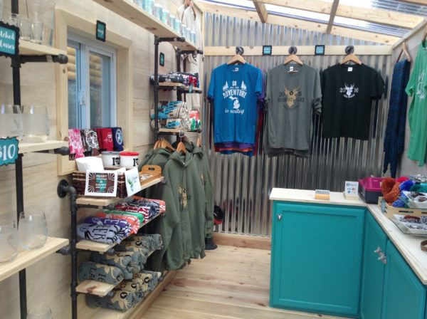 THOW Retail Store: Little Retail Store on Wheels
