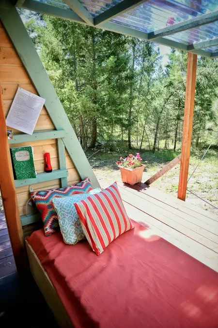 Micro A-frame Cabin Off-Grid Glamping Vacation in Montana 005