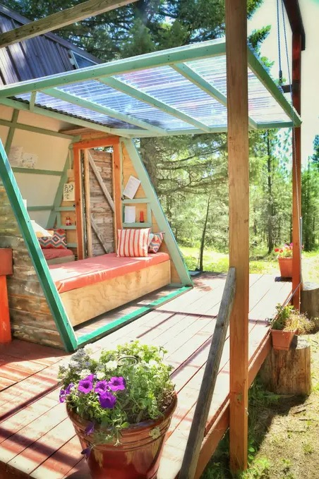 Micro A-frame Cabin Off-Grid Glamping Vacation in Montana 007