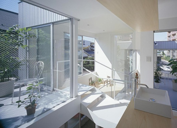 Modern-Small-Home-for-a-Family-09