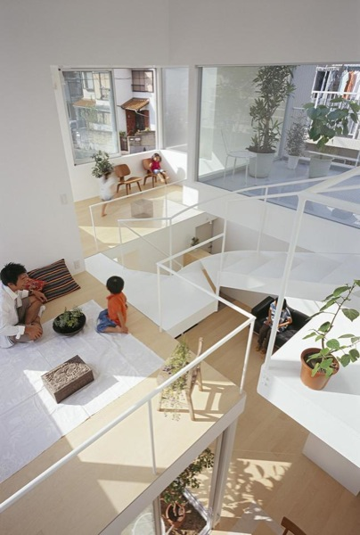 Modern-Small-Home-for-a-Family-10
