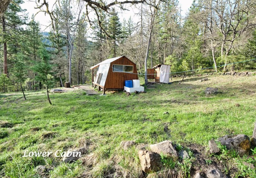 Multiple Tiny Houses on 5 Acres in Ashland OR via Zillow 0022