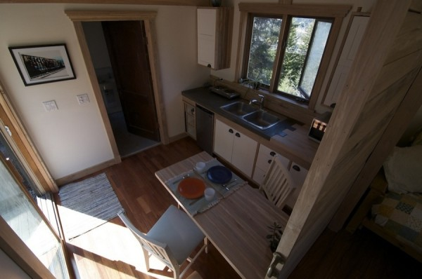 No Loft V House Nelson Tiny House 004