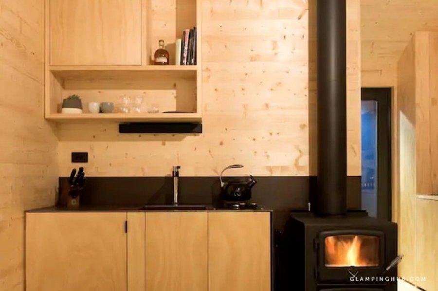 Off-Grid Modern Tiny Home in Tasmania via Glamping Hub 009