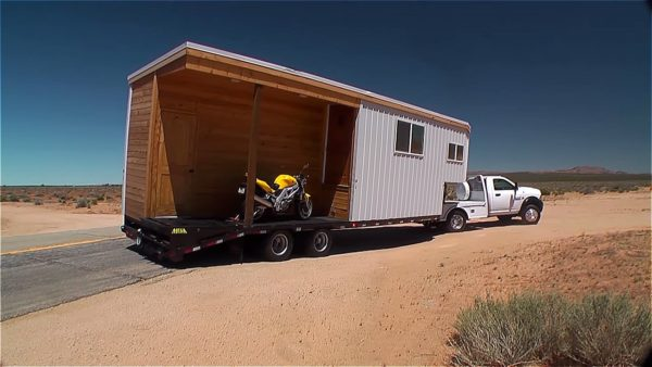 Off Grid Mojave Desert Tiny House 001