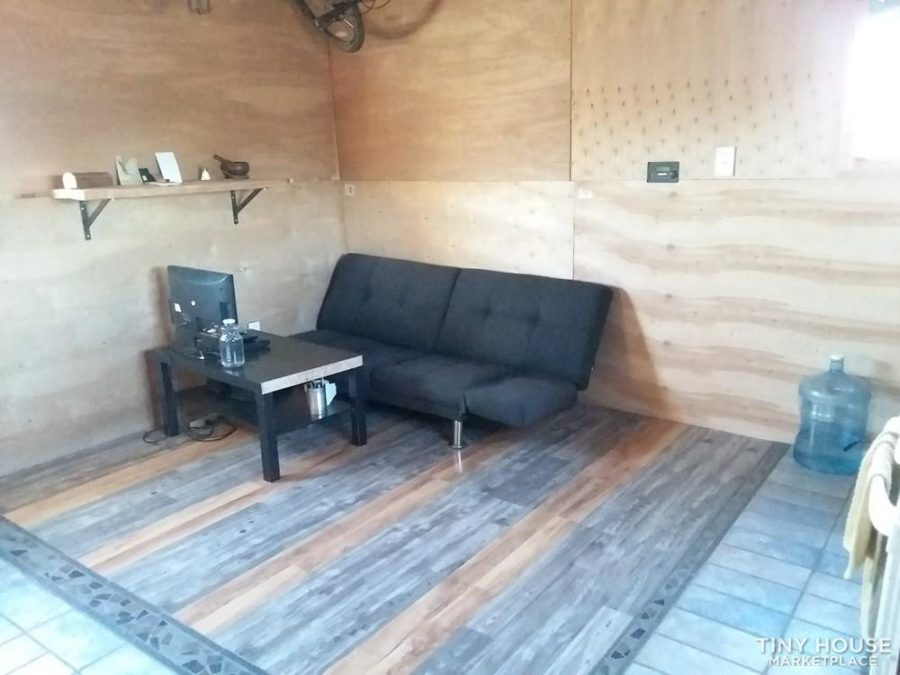 Off-Grid Tiny House & 20 Acres For Sale in Arizona $55K 005