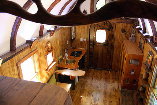 old-time-caravan-tiny-house-006