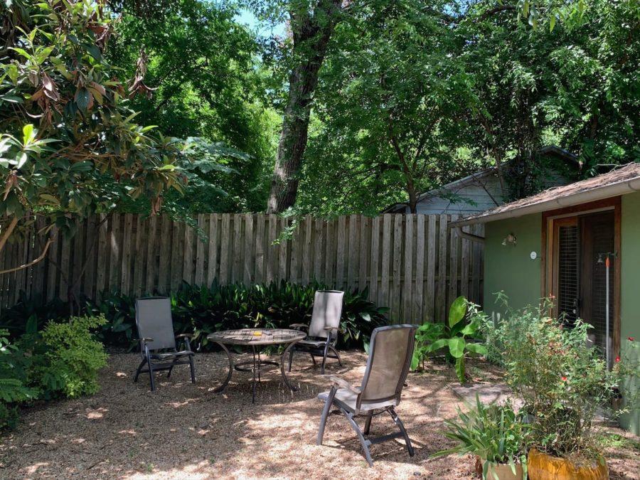 Quiet Sunny Zilker Neighborhood Guest House 13