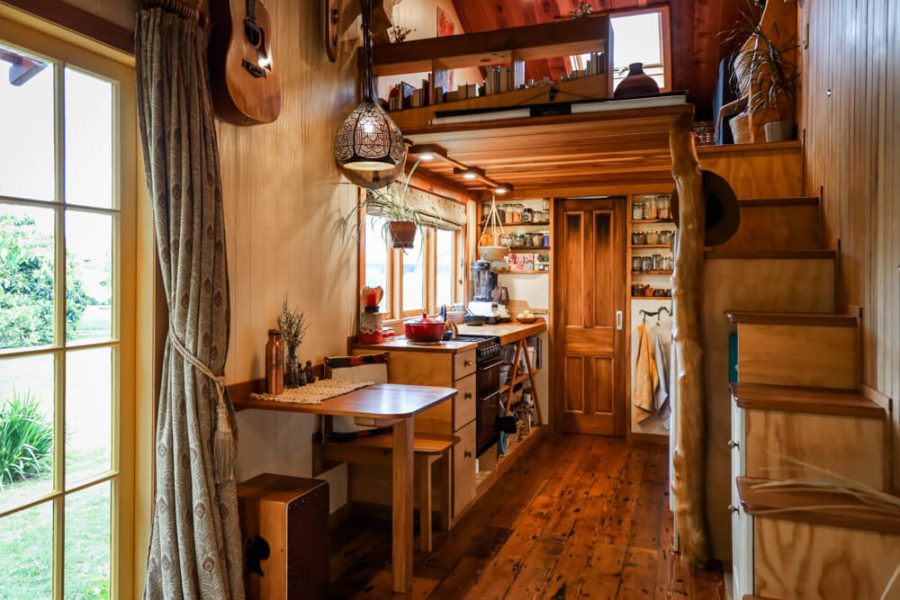 RECYCLED-TINY-HOUSE-(4-of-10)