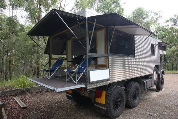 Rob Grays Wothahellizat Mk2 DIY Expedition Motorhome 002