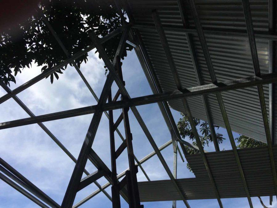 Robertas Tiny Cabina Construction in Costa Rica 004