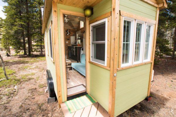 Ryan's 131 Sq Ft Tiny House in Colorado 001