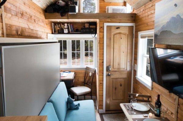 Ryan's 131 Sq Ft Tiny House in Colorado 001b