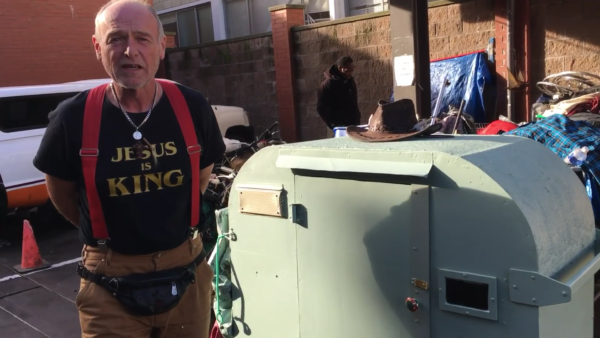 Formerly Homeless Man Builds Micro Shelter for Homeless Friend 1