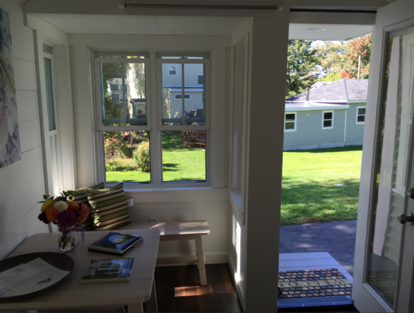 seagrass-cottage-for-sale-in-webster-ma-011