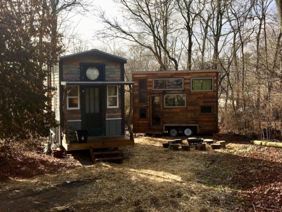 Snails Away Tiny House Rental in Bloomington Indiana via Annie on Airbnb 006