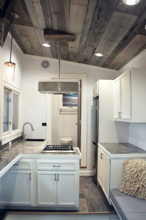 Stony Ledge 30ft Tiny House On Wheels With A Downstairs