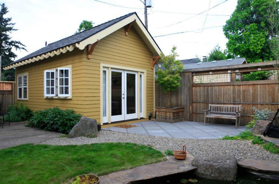 Summerfield Tiny Cottage by Cali Cottages