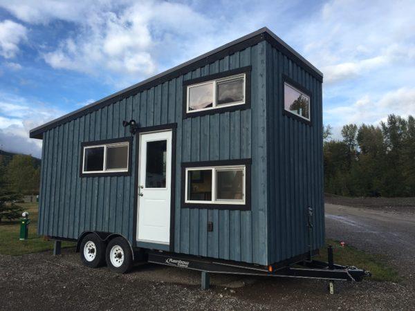 The Blue Cowboy Tiny House by Hummingbird Micro Homes_001