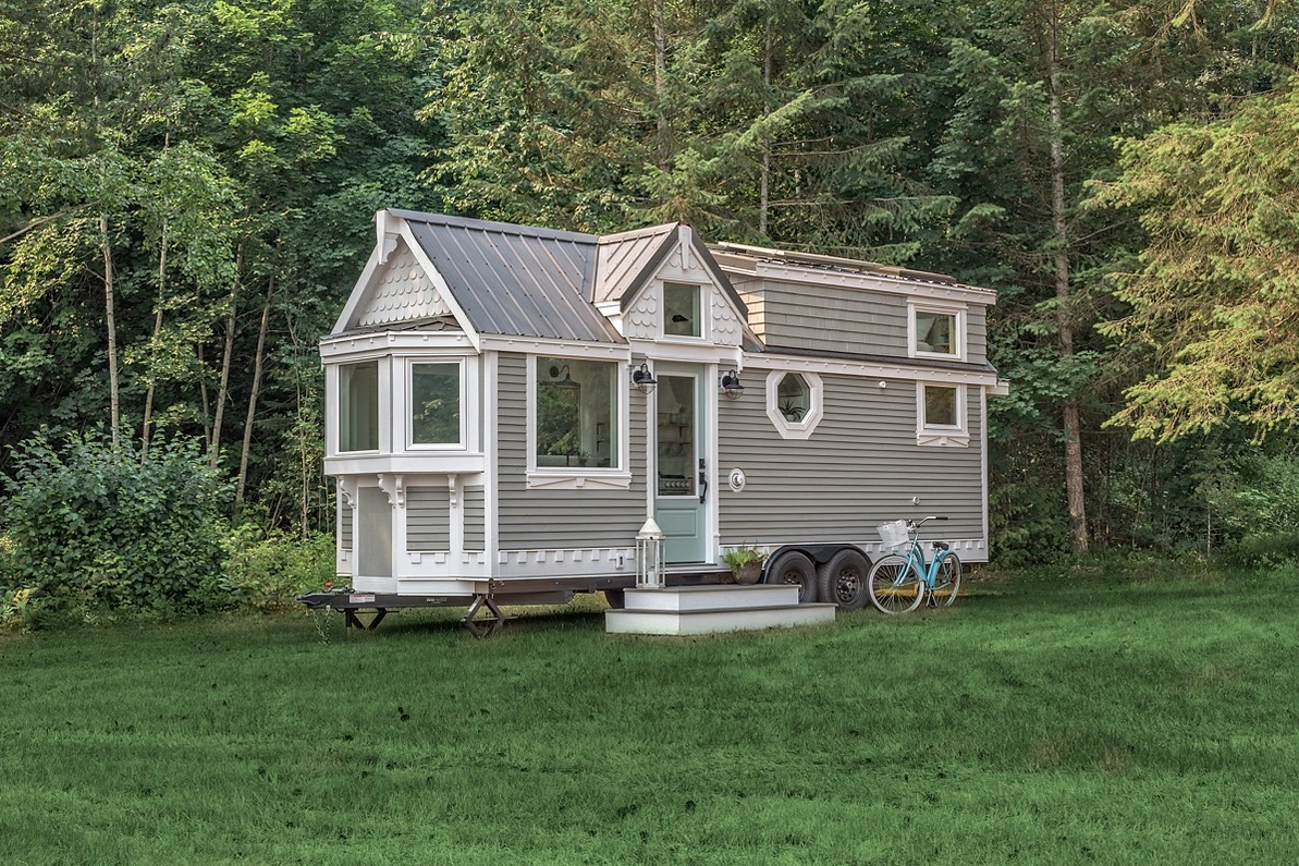 Tiny Home Designs: The Heritage Tiny House By Summit Tiny Homes