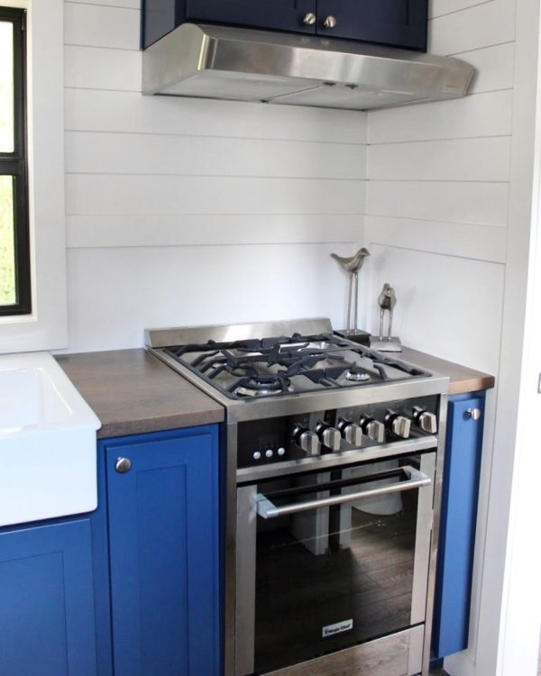 The-Juniper-Tiny-House-from-Mustard-Seed-Tiny-Homes-004