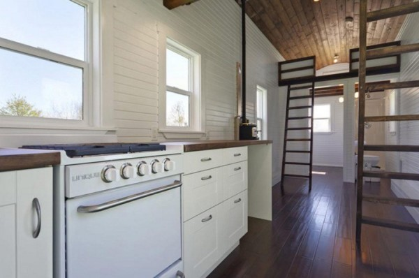 The Loft by Tiny Living Homes 004