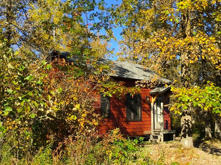 The Sanctuary Minnesota Tiny House Village And Event Center In Ogilvie 002