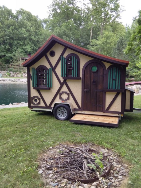 the tudor micro cottage on wheels by woolywagons rh tinyhousetalk com cottage on wheels designs cottage on wheels reviews