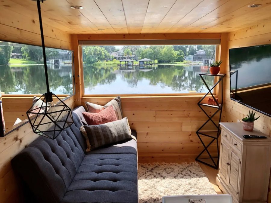 The View Modern Tiny House in Orlando Lakefront via Adam-Airbnb 002