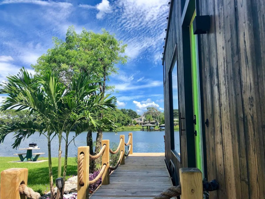 The View Modern Tiny House in Orlando Lakefront via Adam-Airbnb 0021