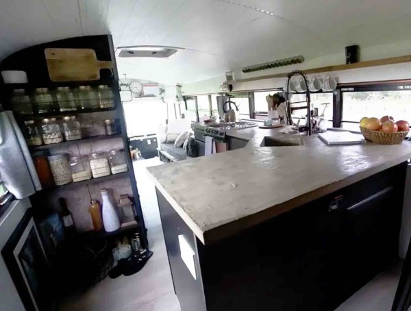 They Sold Everything To Live In A Bus Tiny Home Tours 003