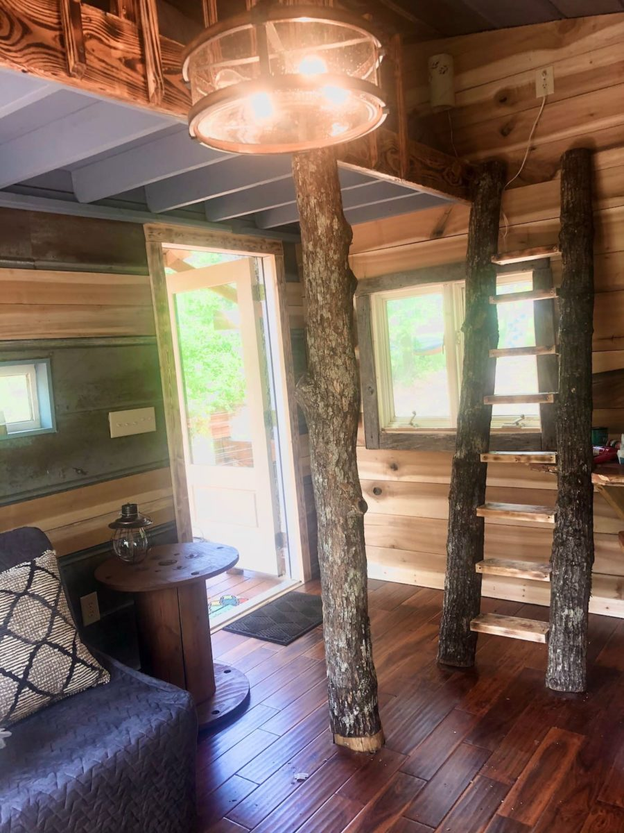 This Kid Created – And Manages – His Own 'Dream Treehouse' Airbnb 11