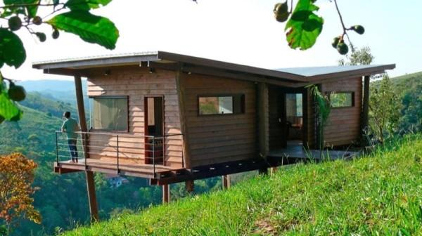 Tiny Cabin on Stilts in Brazil called Casa Em Guararema by Cabana Arquitetos 0013